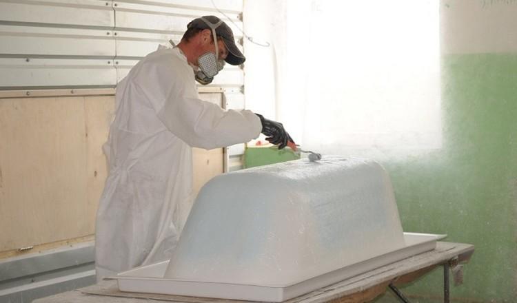 реставрация ванн методы - это наливная ванна, реставрация чугунных ванн жидким акрилом, покраска ванн, эмалировка ванн, ремонт и восстановление поверхности ванны...
